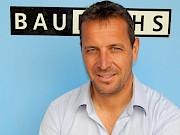 """""""Wie man baut, so wohnt man"""" Dr. Florian Gamper ist Initiator und Herausgeber des Baufuchs & Baufuchsonline, der Südtiroler Wohn-Bau und Energieberatung."""