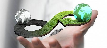 Graue Energie: Ist jene Energie, die vom Verbraucher nicht direkt eingekauft wird, die jedoch für die Herstellung von Gütern sowie für Transport, Lagerung und Entsorgung benötigt wird.